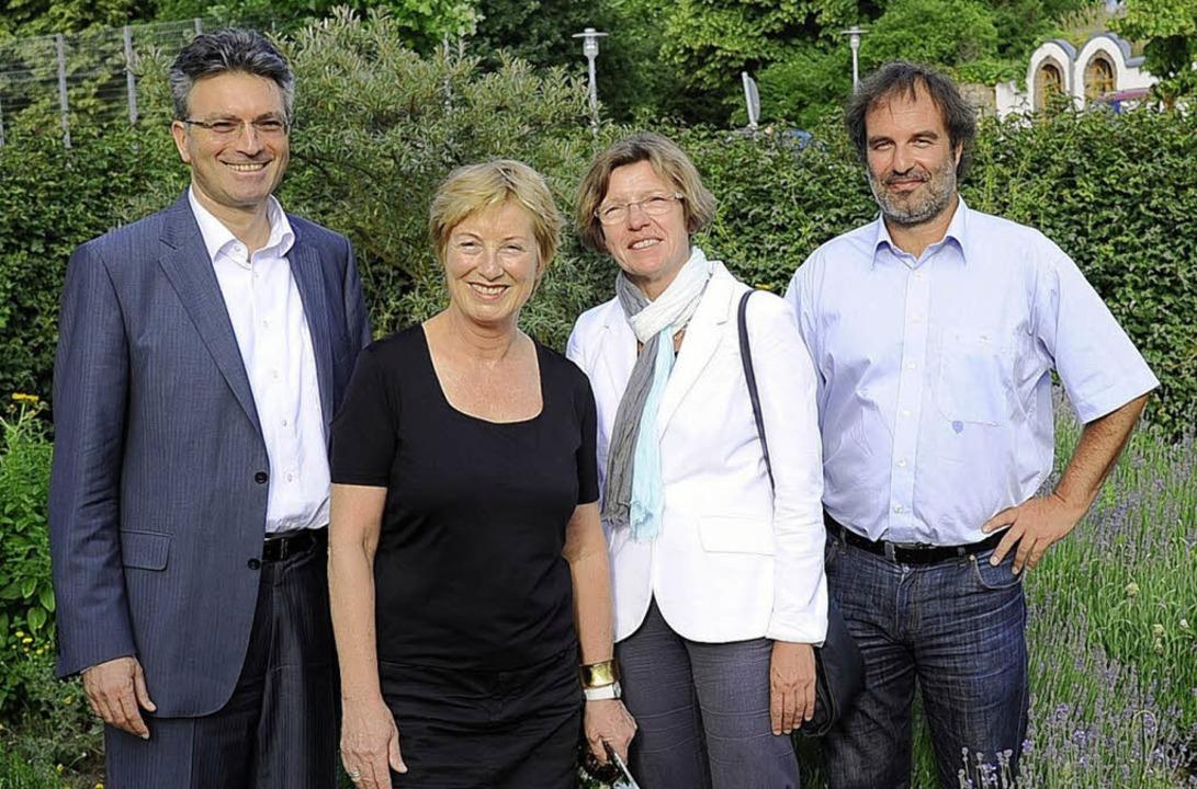 Beim Empfang  der Ökostation (von link...nn,  Gerda Stuchlik und Ralf Hufnagel   | Foto: ingo schneider