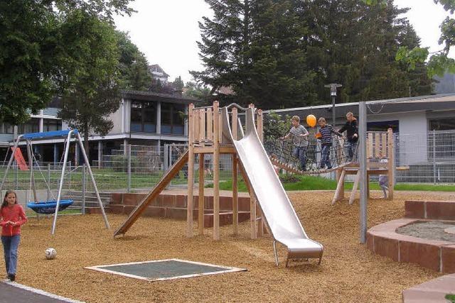 Mit eigenem Spielplatz