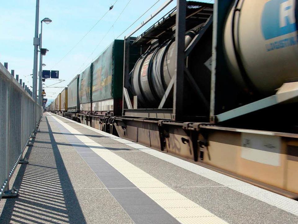 Bei diesem Zug rieselt nichts heraus, ...rlieren, kommt aber immer wieder vor.   | Foto: vl