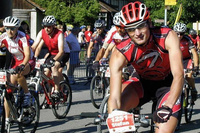 1000 Radfahrer gehen an den Start