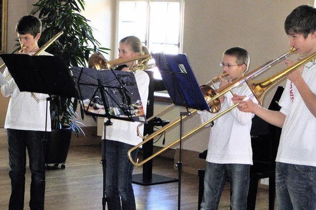Jugend spielt für Senioren
