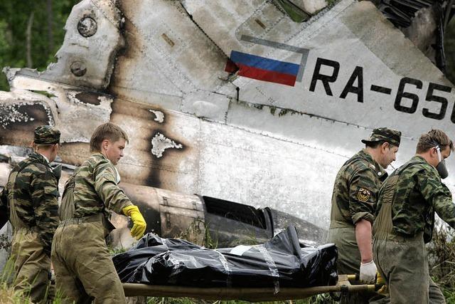 Acht Passagiere überleben Flugzeugunglück