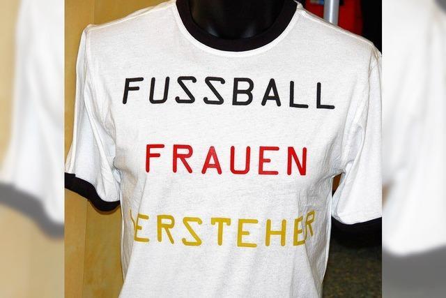 Fußball schauen, Fußball spielen