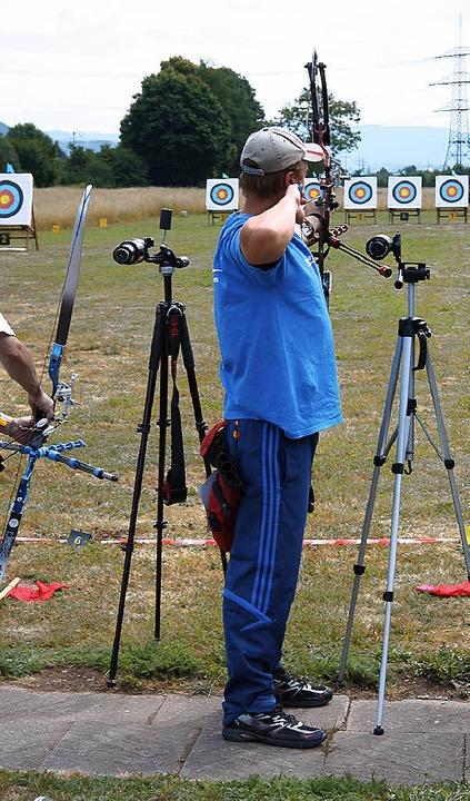 Sven Woywod dominierte die Bezirksmeisterschaften der Bogenschützen.     Foto: Privat
