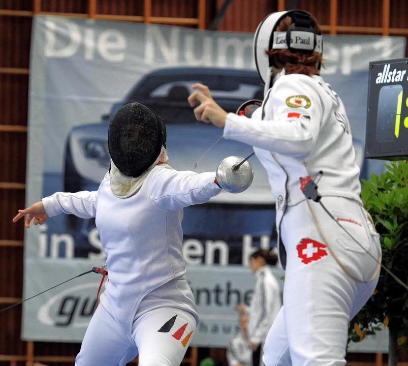 Swantje Hauschild vom TV Rheinfelden g...t gegen Gwendolyn Graf aus der Schweiz  | Foto: schön