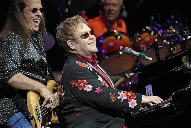 Elton John im E-Mail-Interview