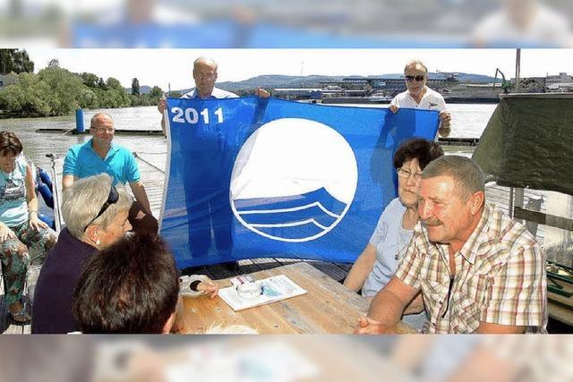 Yacht-Club hisst die Blaue Flagge