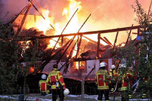 Großfeuer auf dem Scherpeterhof