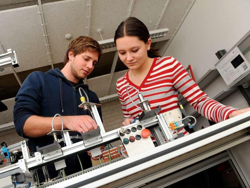 Die kurze Studiendauer und Unternehmen...reichen Vorteile eines Dualen Studiums  | Foto: DHBW Lörrach