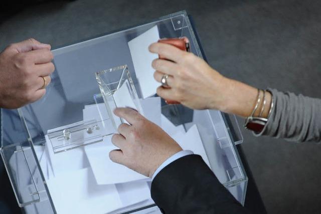 Bundestag erlaubt Gentests an Embryonen