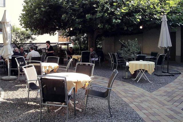 Gartenrestaurant mit neuem Ambiente