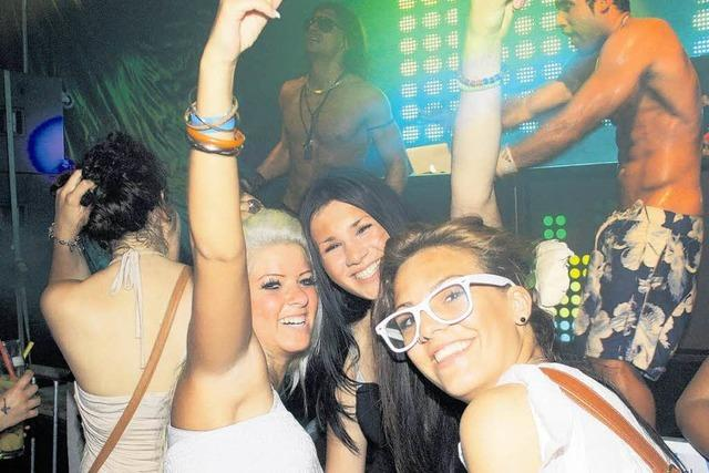 Mädchen brechen auf Party zusammen – K.o.-Tropfen im Spiel?