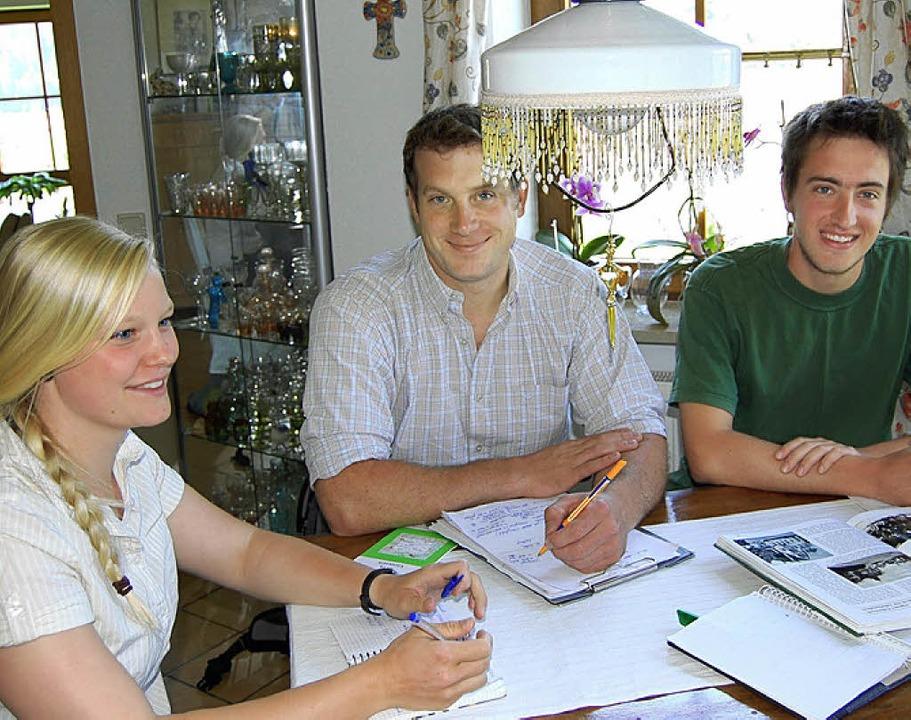 Forststudenten analysieren Kappel und Bidler vom Mühlebach  | Foto: Manfred-G. haderer
