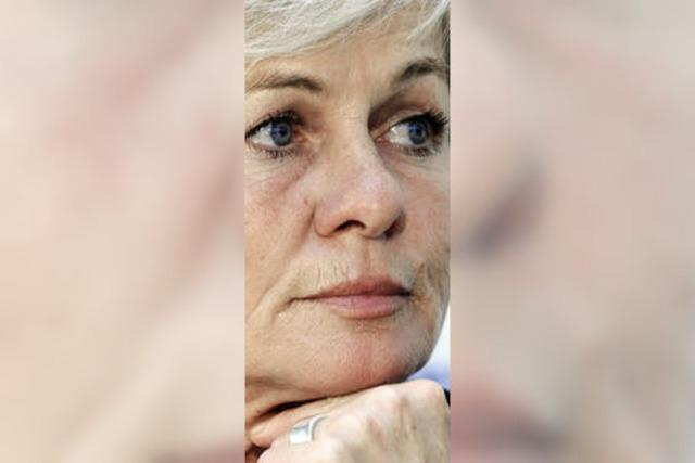 Silvia Neid bleibt weiter am Ball