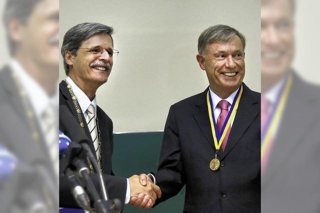Die Uni Tübingen tröstet Köhler mit einer hohen Auszeichnung