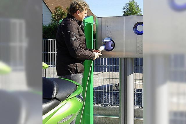 Erste Tankstelle für Stromer