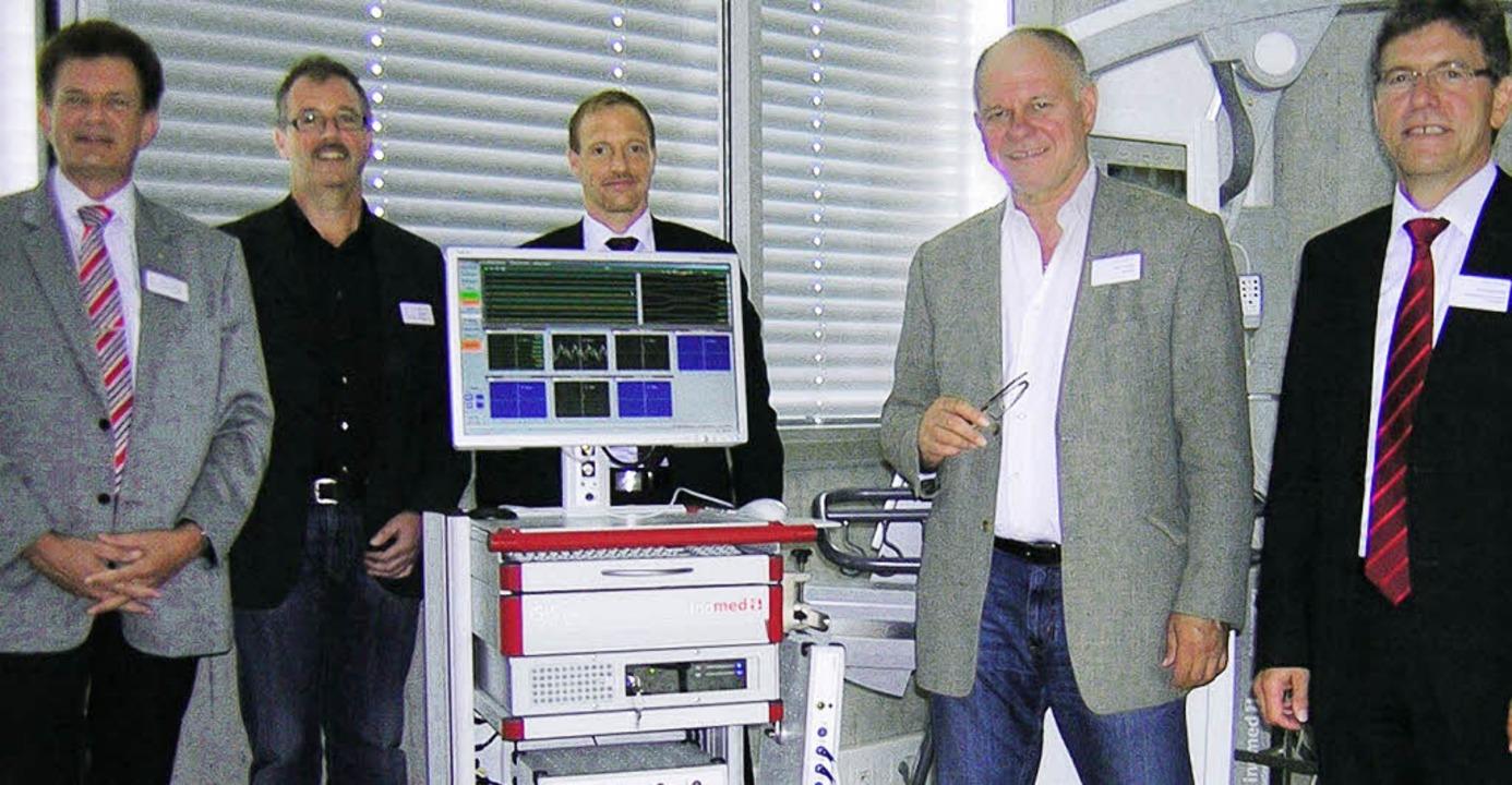 Referenten des Forums vor einem neuen ...ftsführer Rudi Mattmüller (von links).  | Foto: Gerhard Walser