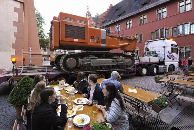 Riesenbagger in Position