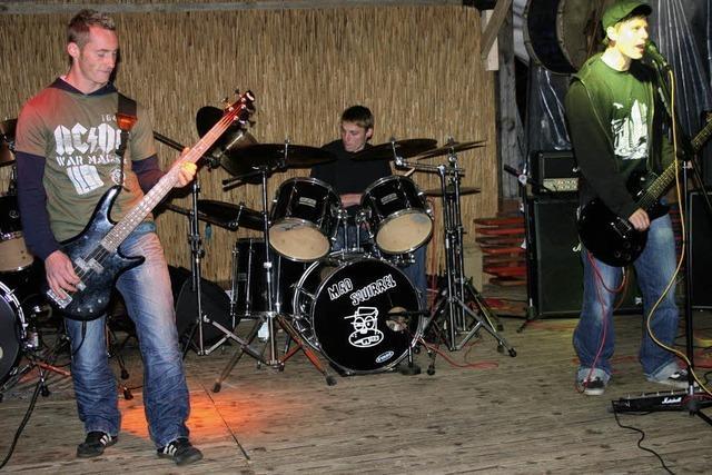 Volkstümliche Melodien und harter Punk-Rock