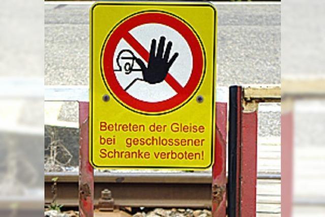 Bahnsteig: Und ständig lauert die Gefahr