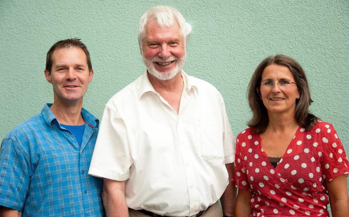 Sie wollen der Hotelruine auf Freiburg... Hombach, Franz Held und Doris Müller.  | Foto: Ingo Schneider
