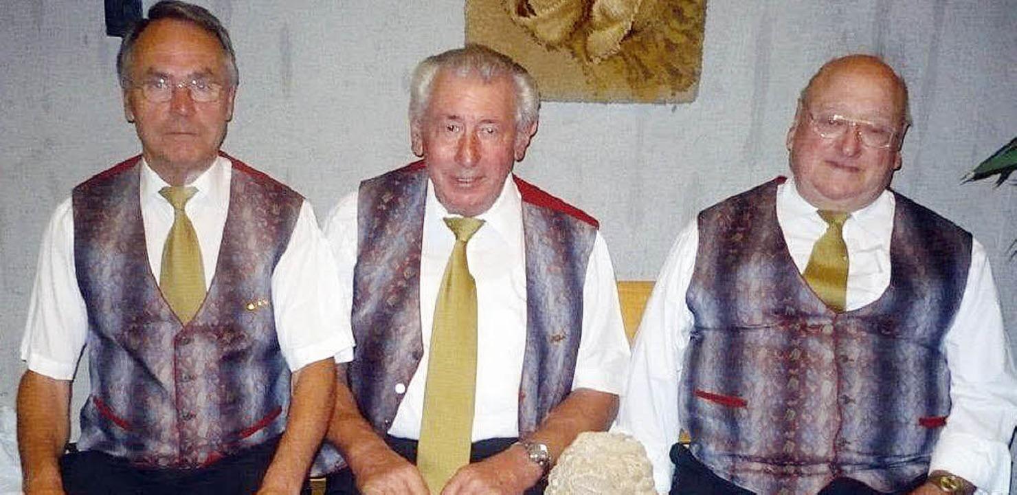 Hermann Wörner (links) wurde zum   akt...usikalischen Ruhestand verabschiedet.     Foto: Franz Hilger