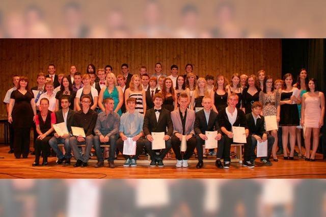 Alle 49 Schulabgänger haben bestanden