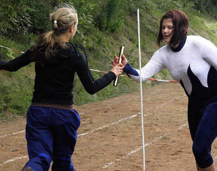 Zu den Mannschaftswettkämpfen am Sonntagnachmittag zählte der Staffellauf  | Foto: Karin Stöckl-Steinebrunner
