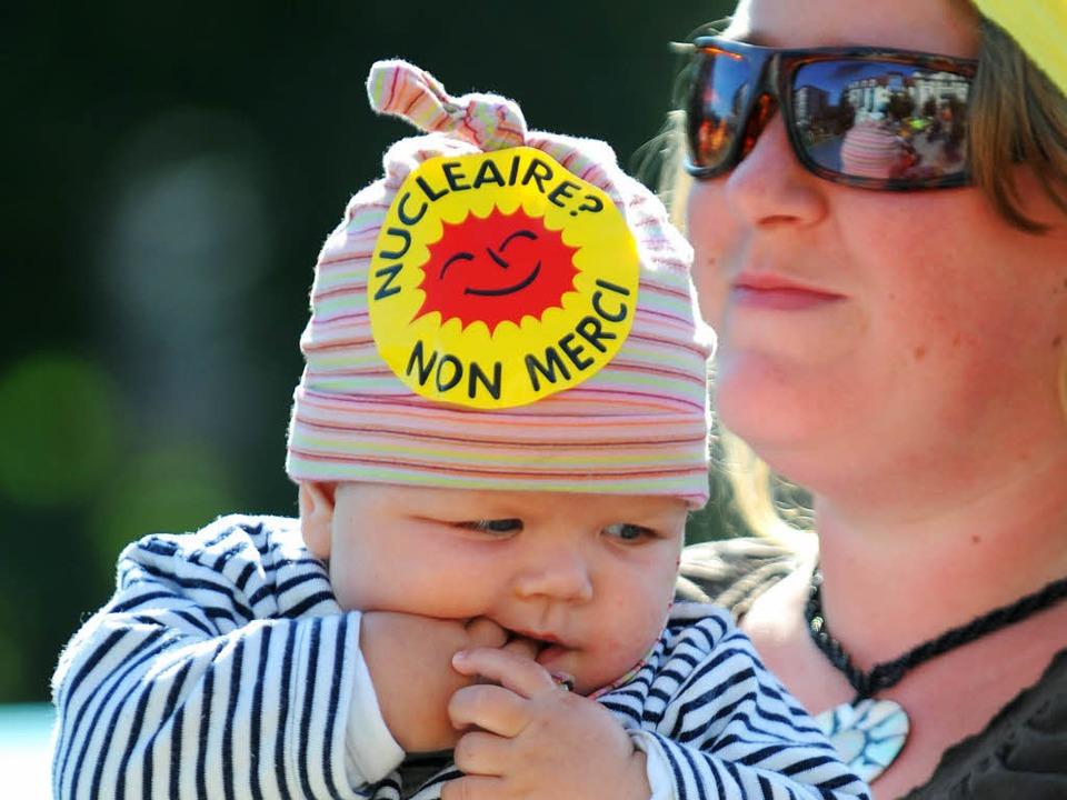 Wer in Frankreich gegen Atomkraft protestiert, gehört zu einer Minderheit.  | Foto: afp