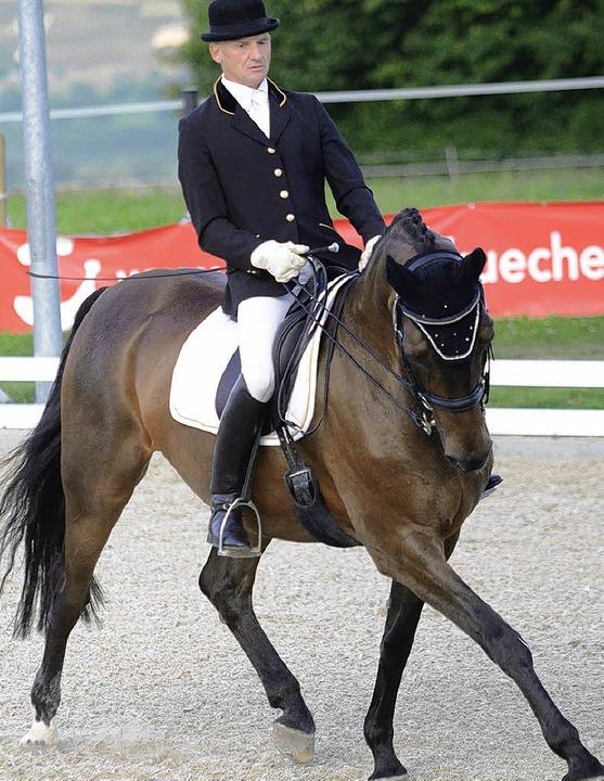 Siegreich beim Dressurturnier der RSG ...sich Nicole Grundmann mit Crescendo.    | Foto: Dippel