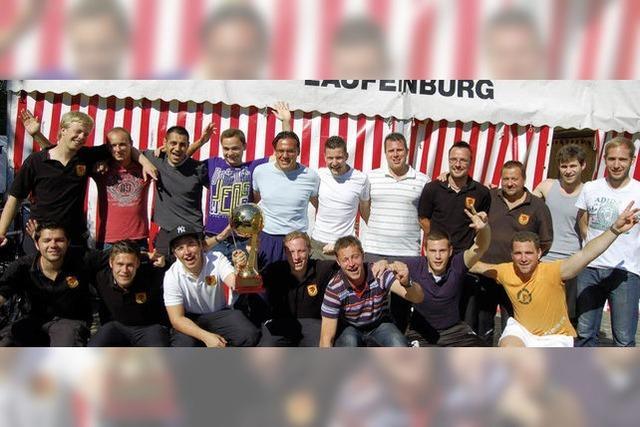 Cup wechselt die Rheinseite
