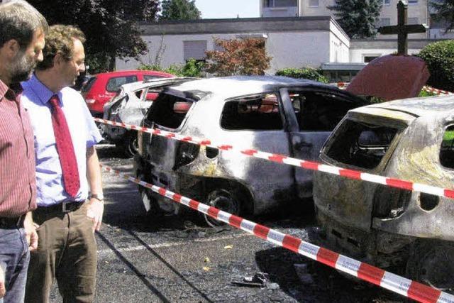 Drei Autos ausgebrannt