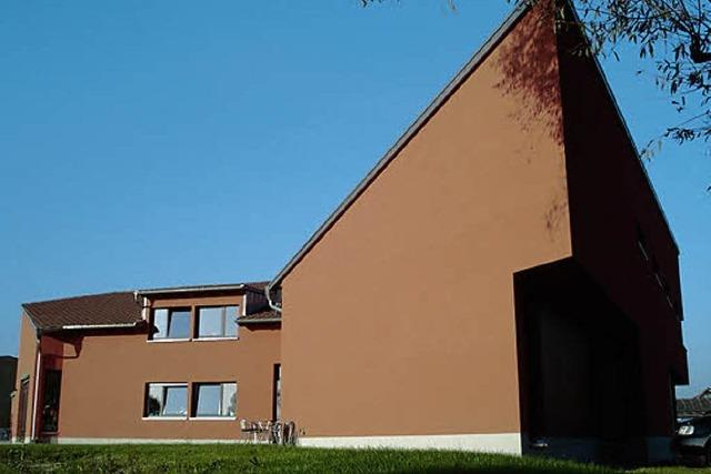 Kunst, Kaffee und ein schöner Ausblick im Haus der Modernen Kunst in Grunern