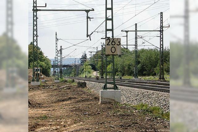 Bahn stellt Anschluss an den Tunnel her