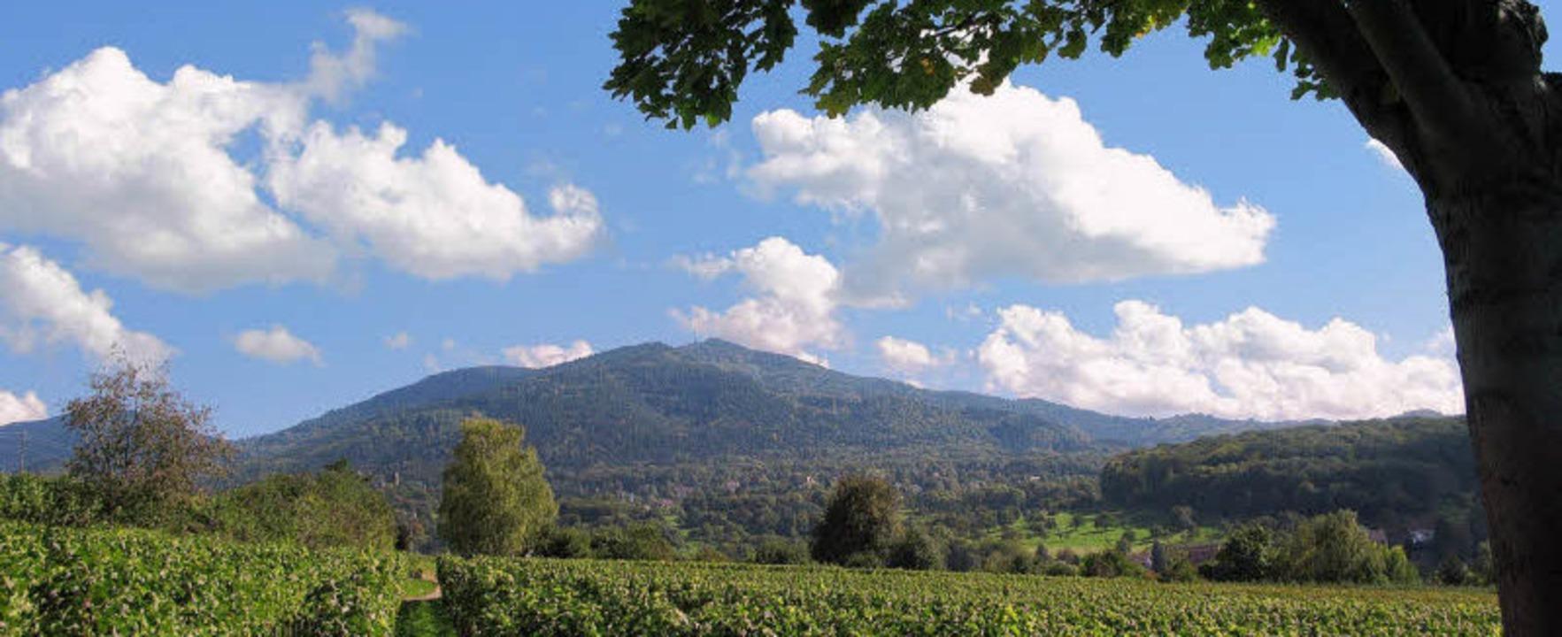 Der Blauen – ein Berg, um den sich viele Geschichten ranken.   | Foto: Dorothee Philipp