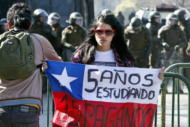 Proteste für Bildungsreform
