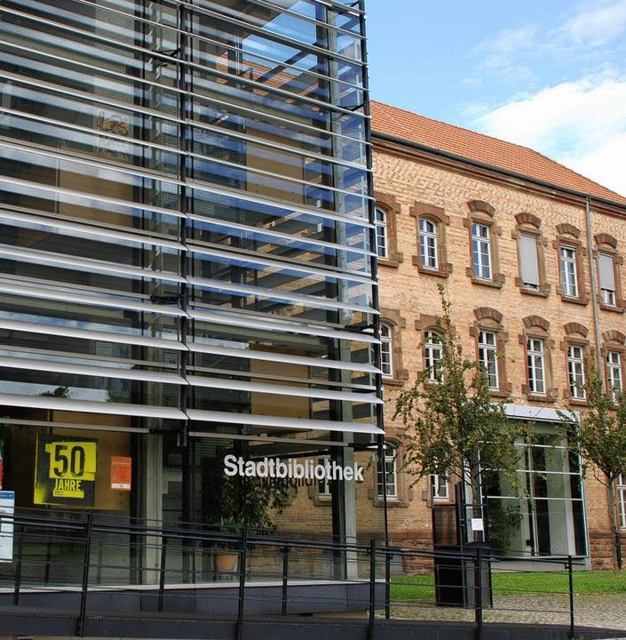 Auf Zukunftskurs: die Stadtbibliothek Offenburg.   | Foto: Siefke