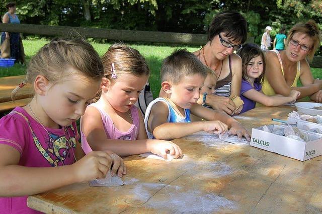 Auch große Hitze schreckt die Kinder nicht ab
