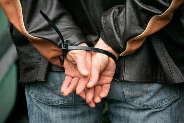 Polizei spricht vor dem Weinfest vorbeugende Platzverweise aus