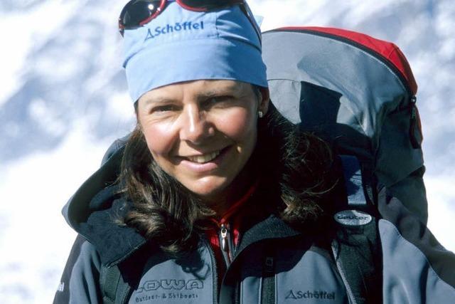 Gerlinde Kaltenbrunner besteigt den K2 – als 14. Achttausender