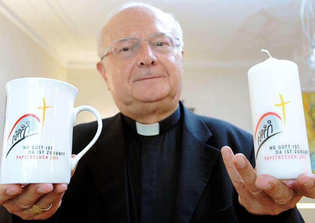 Freiburgs Erzbischof  Robert Zollitsch...orbereitet auf den Besuch des Papstes.  | Foto: dpa