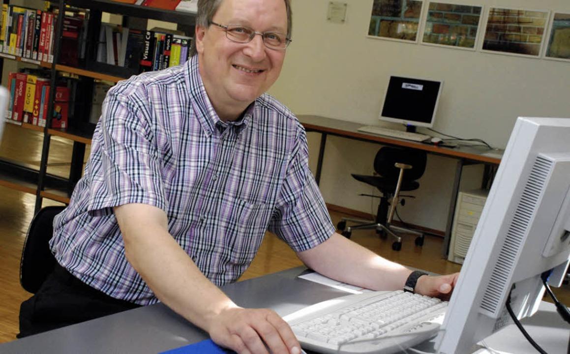 Ralf Eisermann plant die digitale Zukunft der Stadtbibliothek.   | Foto: Siefke