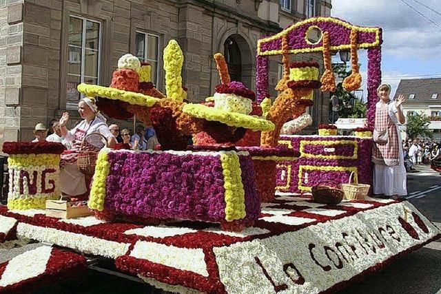 24 Blumenwagen zeigen die süßesten Leckereien