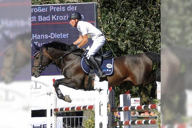 Hans-Dieter Dreher reitet auch im Kurpark vorneweg