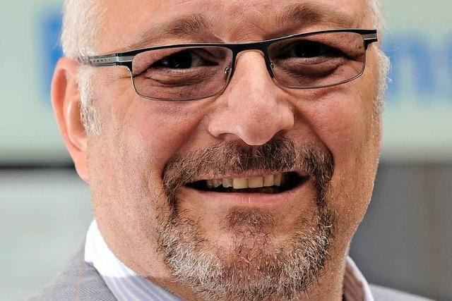 Freiburger Rüstungsgegner Grässlin erhält Aachener Friedenspreis