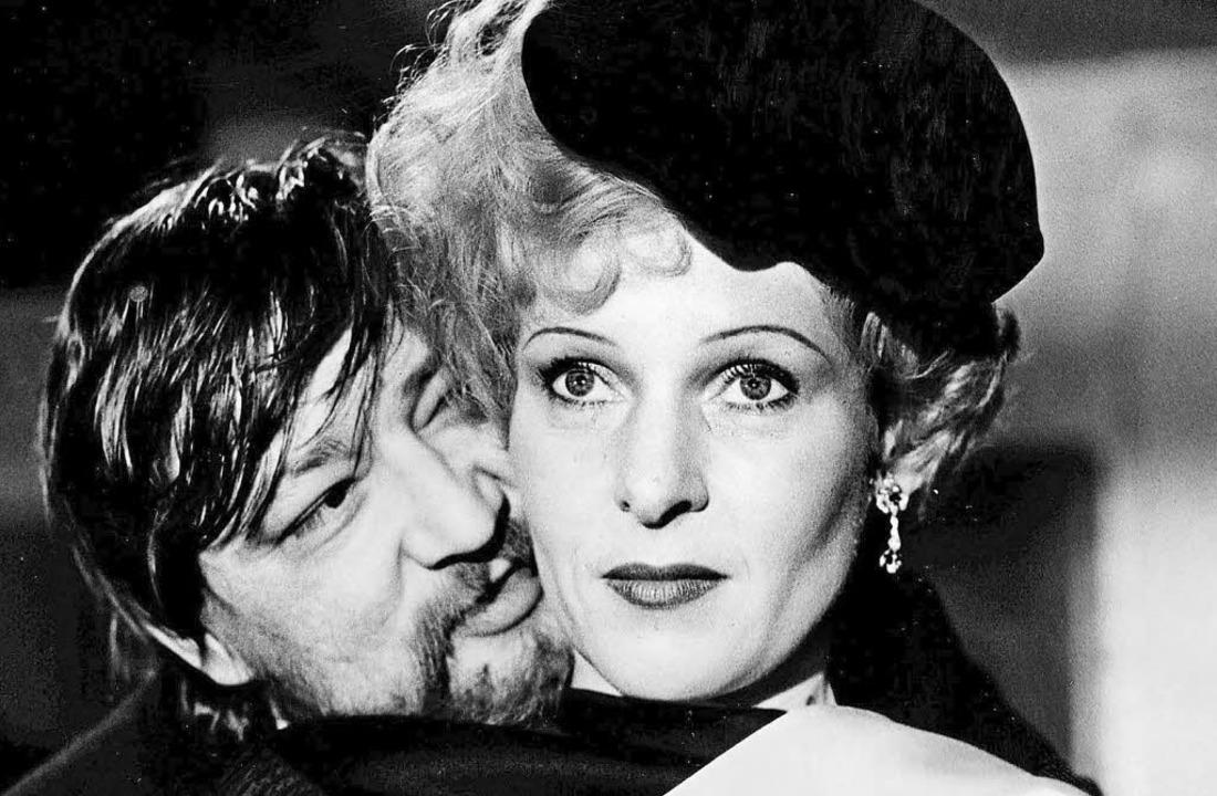 Rosel Zech in ihrer Rolle als Veronika...it Regisseur Rainer Werner Fassbinder)  | Foto: dapd