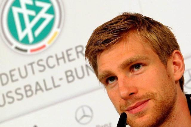 EM-Qualifikation: Mertesacker steht im Mittelpunkt