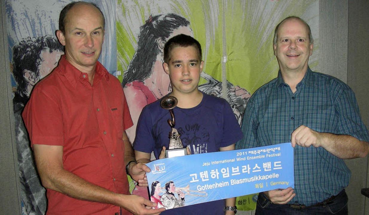 Voller Eindrücke  von der Koreareise d...lix Hartenbach und Siegfried Ziebold.   | Foto: mario schöneberg