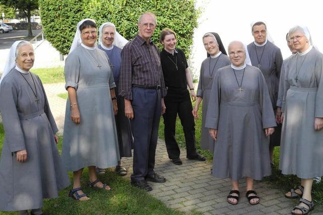 Ordensleute machen Wanderexerzitien