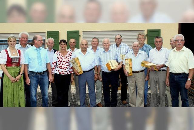 Zum 40-Jährigen wurden langjährige Genossen geehrt
